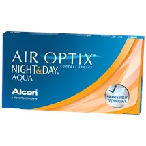 AIR OPTIX NIGHT & DAY AQUA contacts
